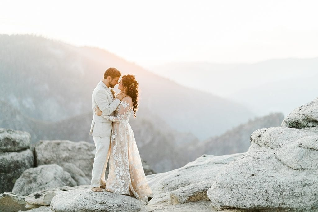 Eloping in Yosemite, California | How to Elope in Califiornia